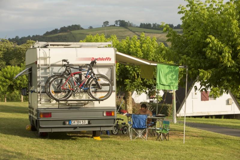 Camping car à la Ferme Landran